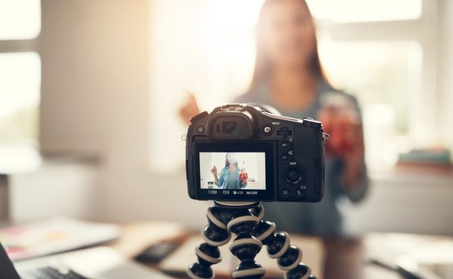 Top 7 Tips to Make Live Videos for Your Business' Social Media